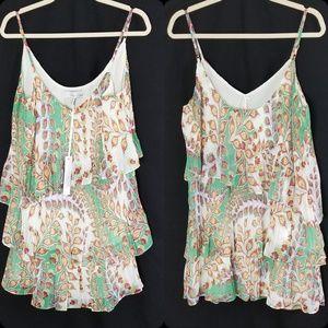 Adelyn Rae Tiered Crinkle Shift Dress Med